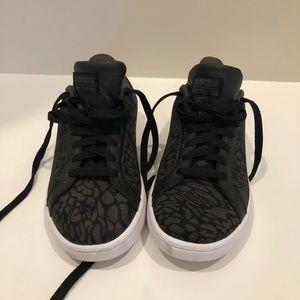Women's Adidas leopard print sneakers size 6 1/2
